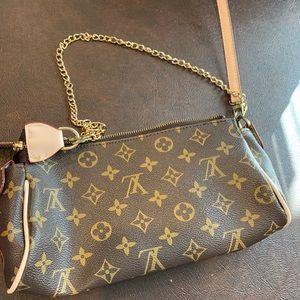 Handbags - Purse Gucci - read the description please